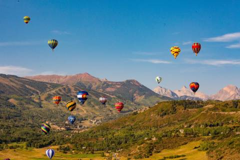 Hot air balloons over Aspen Snowmass.