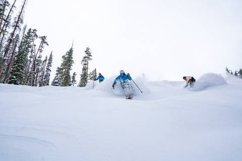Three skiers at WPR